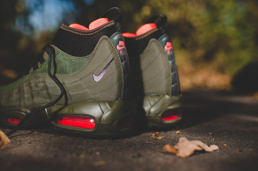 Nike Air Max 95 Sneakerboot On Feet